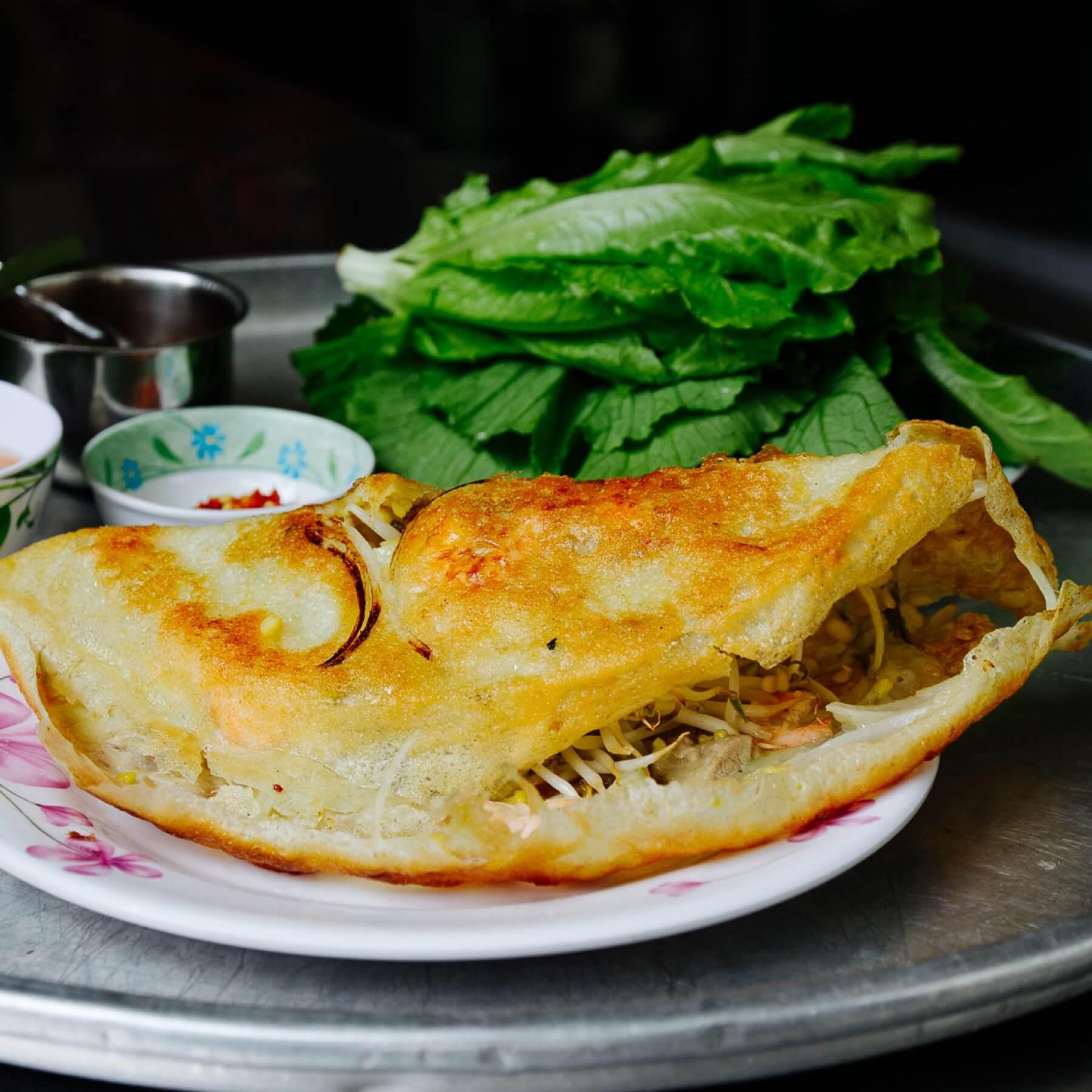 Vietnamesische Crêpes Banh Xeo aus Hoi An