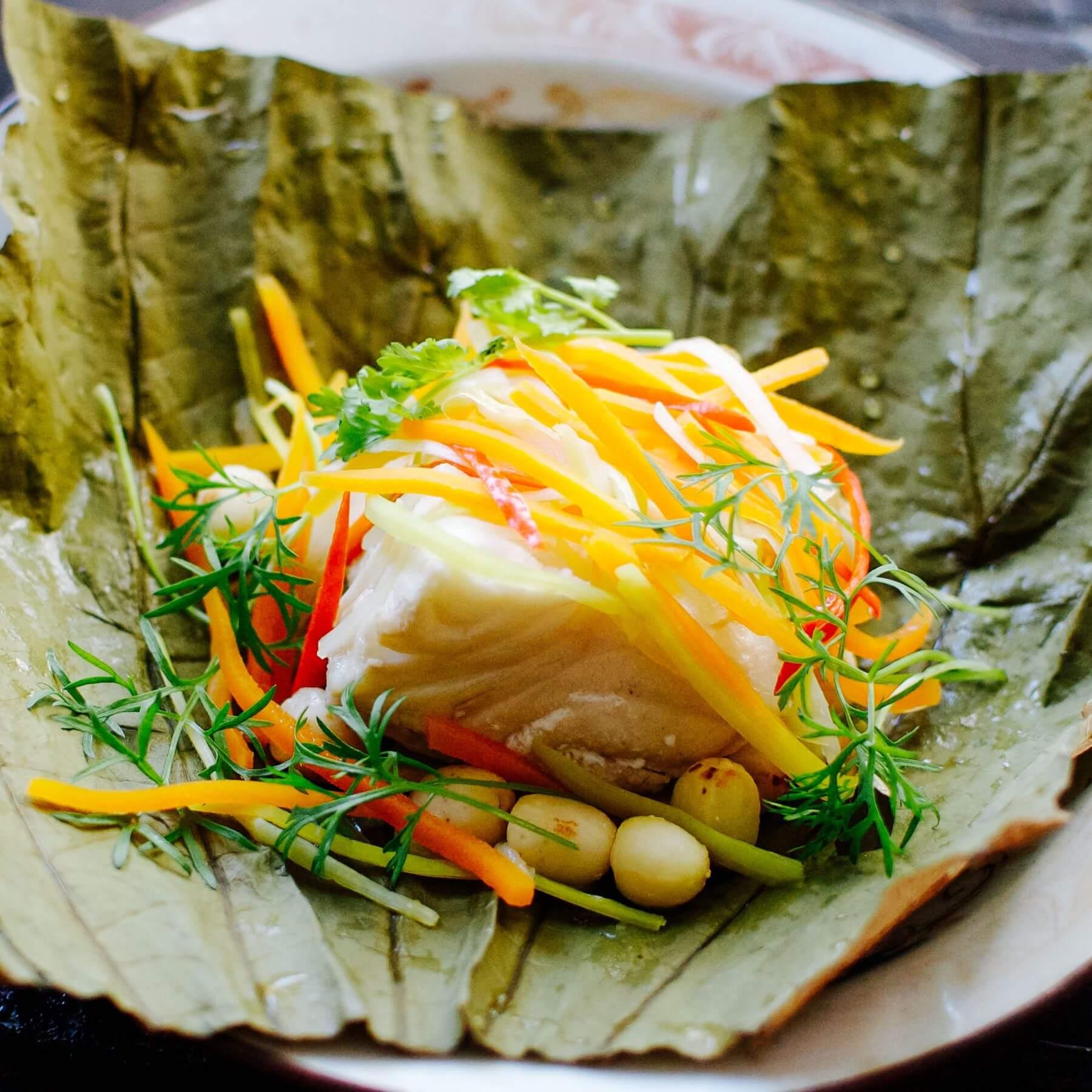 Fisch im Lotusblatt