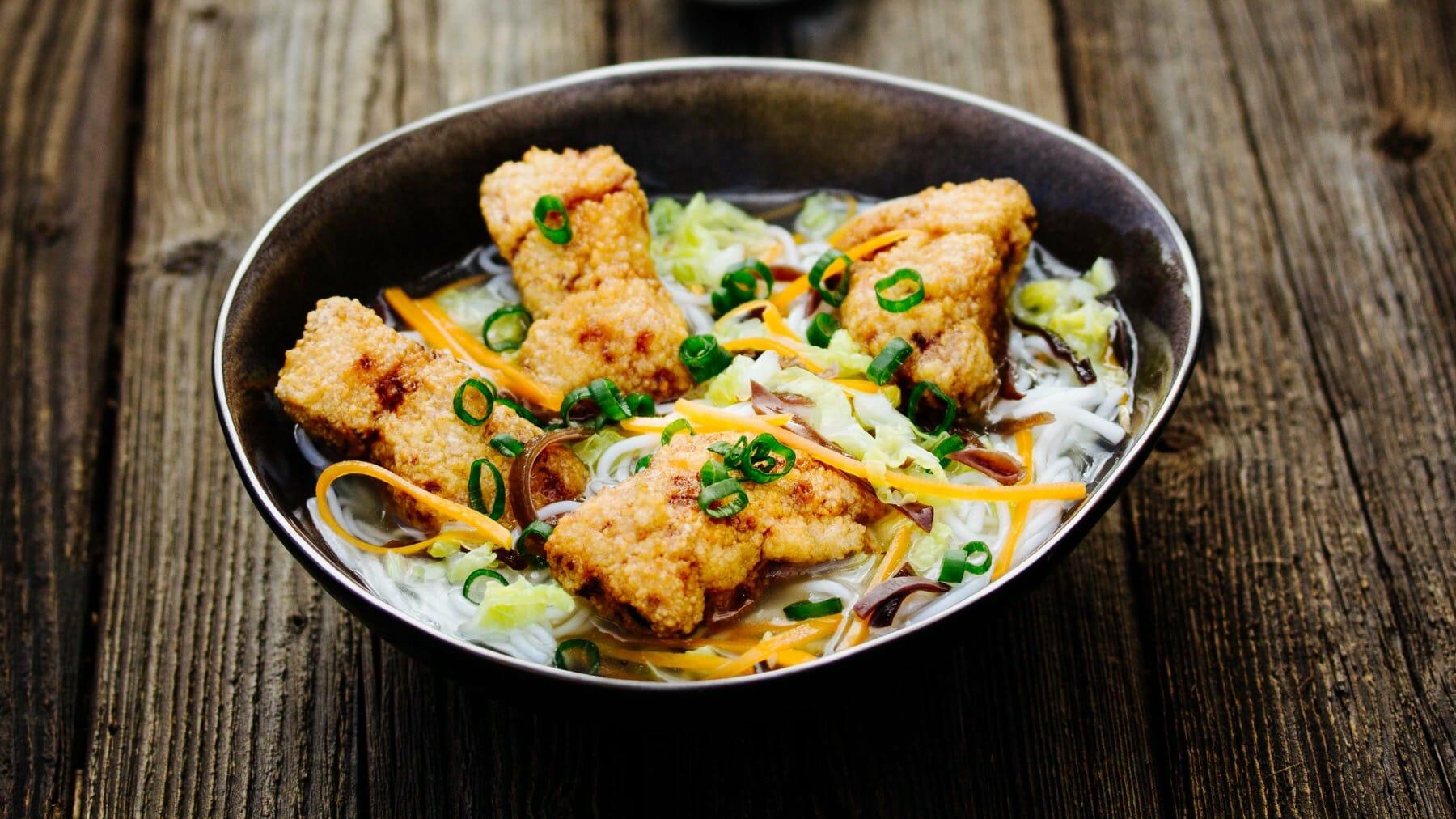 Nudelsuppe mit frittierten Makrelen - Tu Tuo Yu Geng Mi Fen