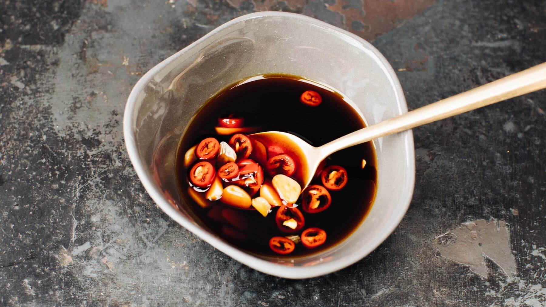 Vegane Thai Soja-Chilisauce - Nam Prik Pla