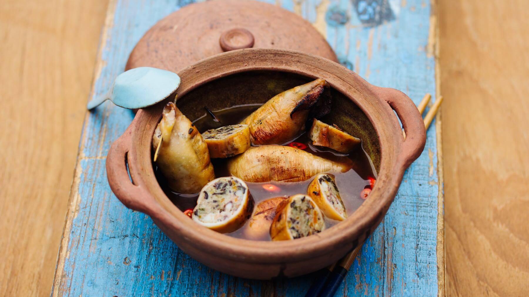 Gefüllter Tintenfisch mit Garnelen und Schweinefleisch