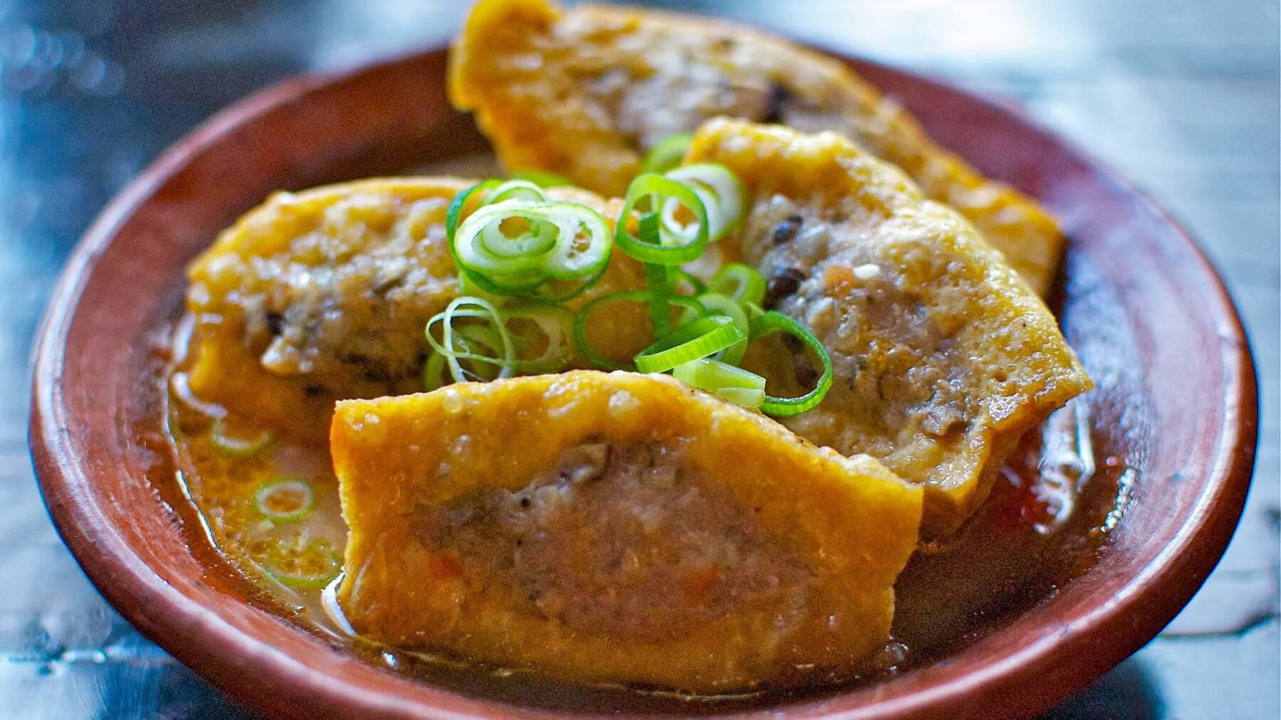 Tofu gefüllt mit Schweinefleisch