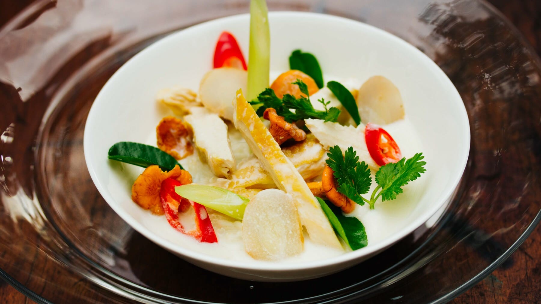 Tom Ka Gai - Hühnersuppe mit Kokosmilch und Galgant