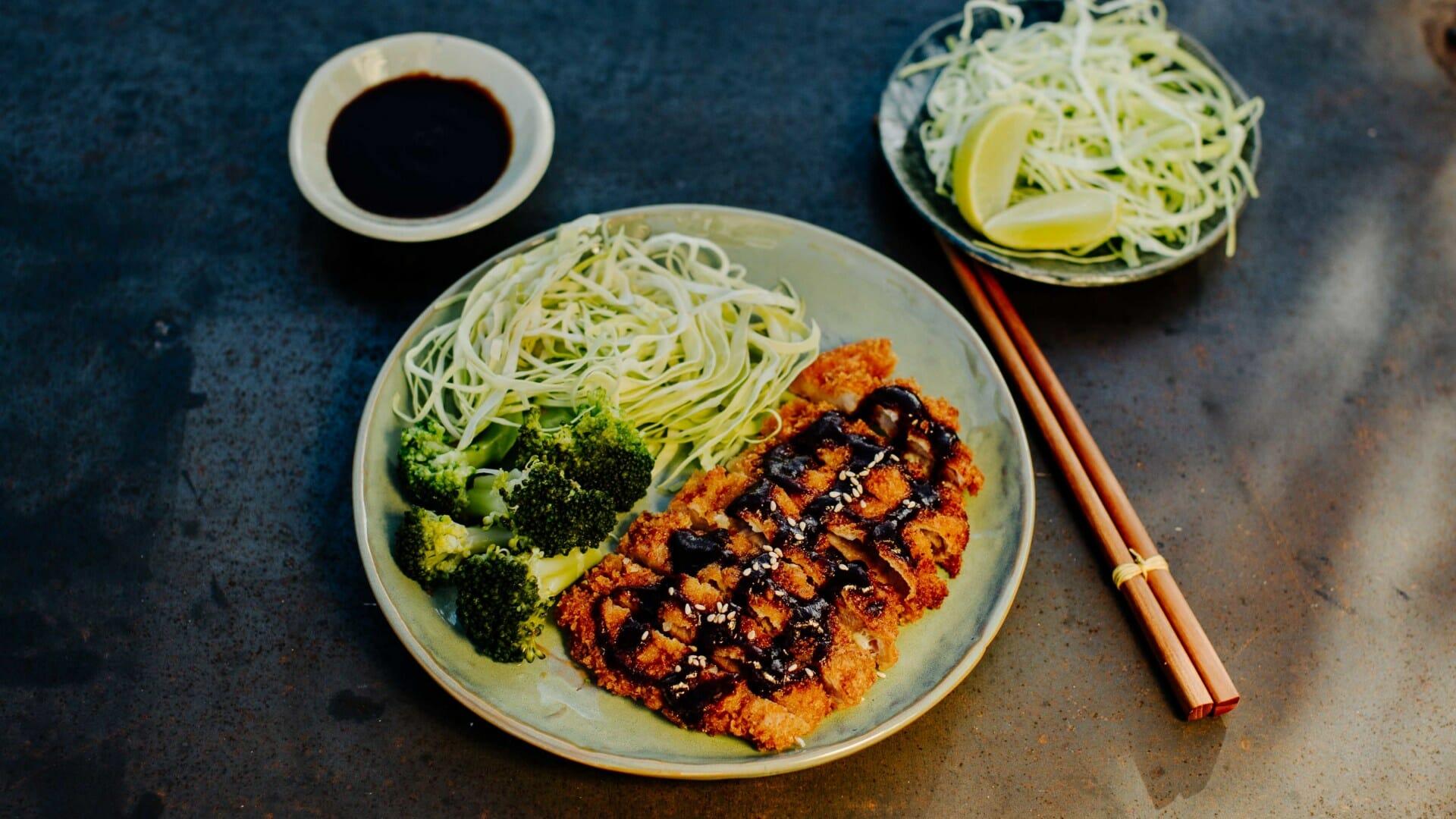 Paniertes Schnitzel aus Japan -Tonkatsu