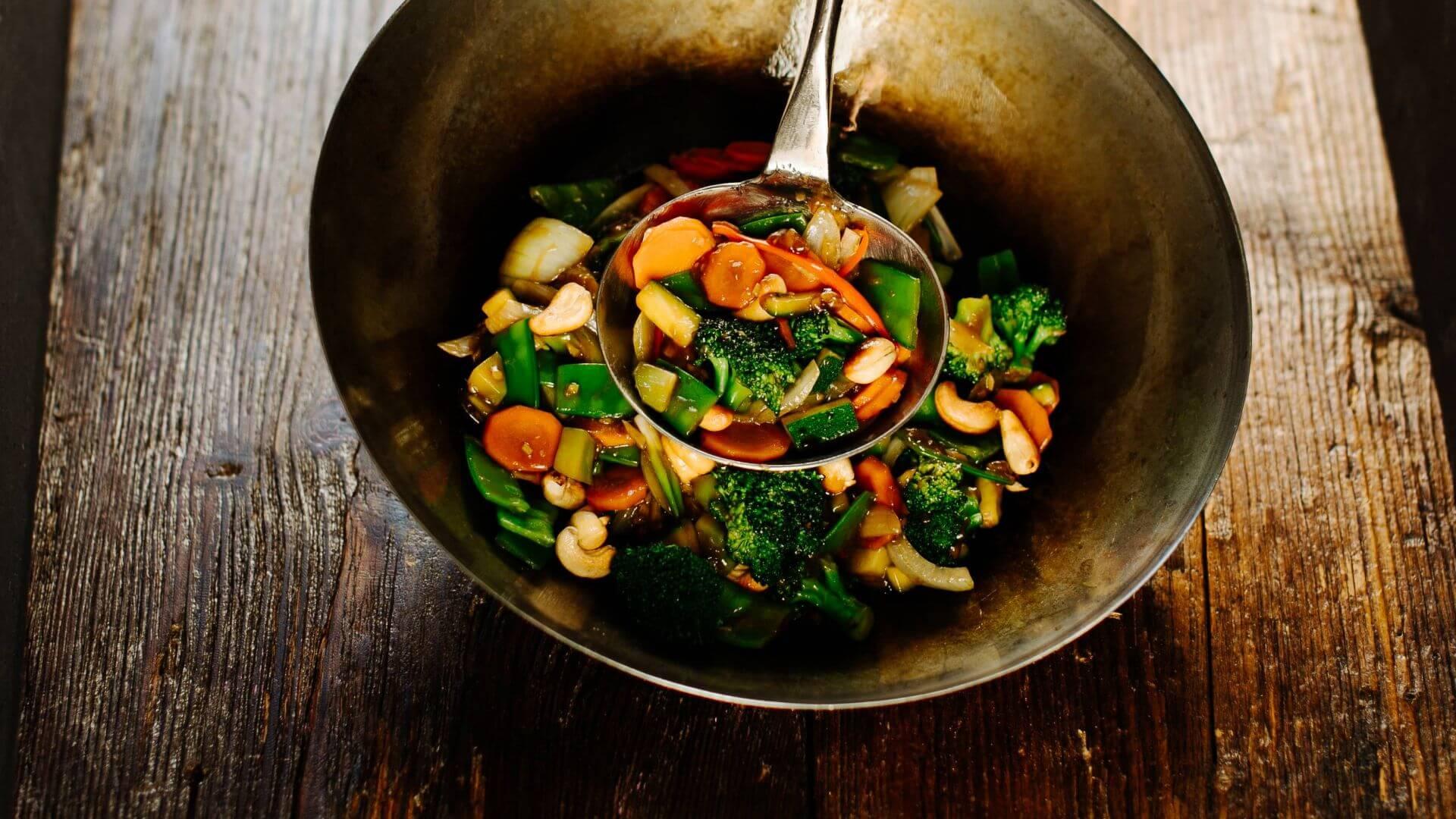 Knackiges Gemüse aus dem Wok