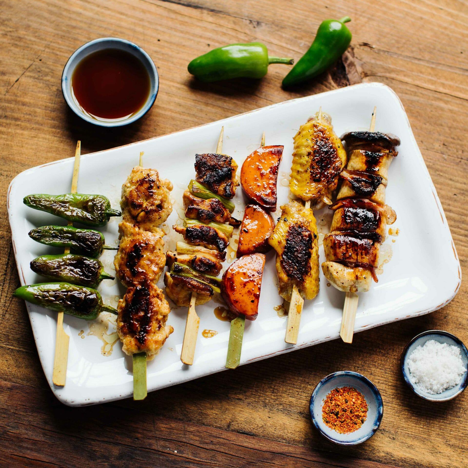 Yakitori-Spieße mit Teriyaki Sauce